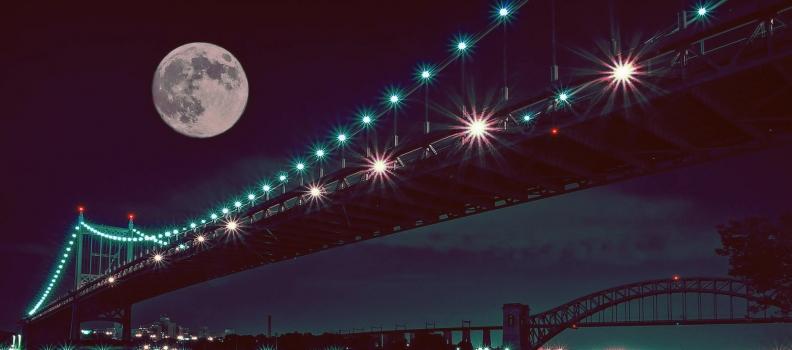 Luna piena nel Leone e Mercurio nell'Acquario